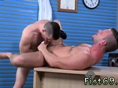 Fist time boys huge cock gay xxx Brian Bonds and Axel
