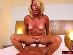 Hot mom pov with facial