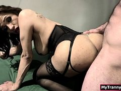 Prisoner screwed Tgirl Jessys tight ass