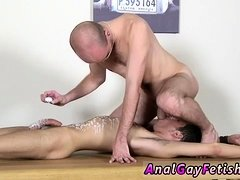 Young gay boys anal sex xxx video Brit lad Oli Jay is