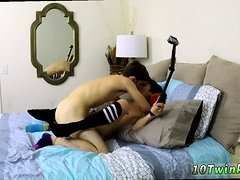 Young boy first time blowjob gay Taking A Raw Load In His