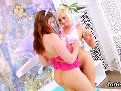 Lesbo beauties open up their deep anals and pound long dildo