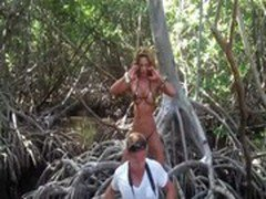JNL HOT IN JUNGLE! Sexy Fitness Super Star Jennifer Nicole Lee Model Fitness Bikinis, Workout