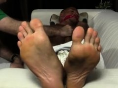 Clip sex of foot fetish gay Mikey Tied Up & Worshiped