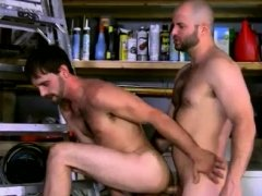 Xxx gay sex video move boy and David Likes His Men Manly!