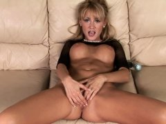 Aroused blonde just had to finger her snatch