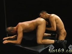 Gay big dick oral sex Club Inferno's own Uber-bottom,