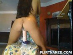 Cam Chick Riding Big Squirting Dildo