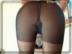 hotie change clothes in front of webcam270127