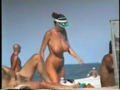 huge-tits-on-the-beach - http://tinyurl.com/WantToChat