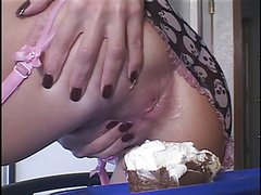 Hillary Scott offers her girlfriend real anal cream pie