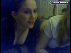2 lesbian teen sexy friends on chat