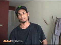 Straight latino guy shows his uncut verga and strokes off. See this papi in acti