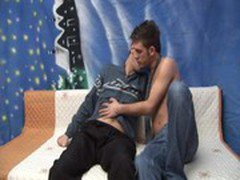 Damaged-Gay - Twinky And The Brian - scene 2