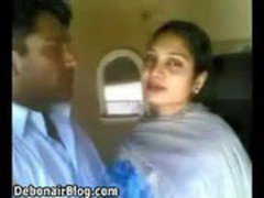Hot mouth kissing to his bhabhi