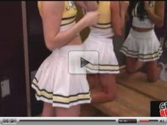Cheerleaders suckin and fuckin in locker room