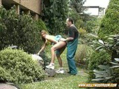 Wife and the gardener sex