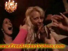 Check out this blowjob party_00