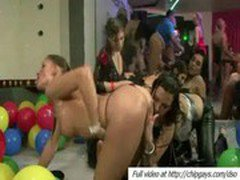 Orgy with men and babes in night club