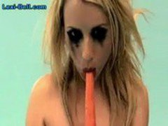 Lexi-Fucks-A-Carrot-Then-Eats-It