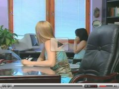 Jo & Veronika : Sex at the office.