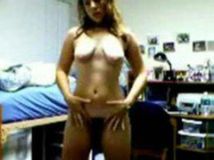 Web Cam: girl nude strip