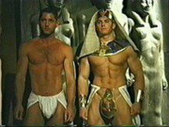 Gay bear muscle men pharoah orgy