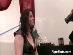 Chubby mature woman gets messy while guy part3