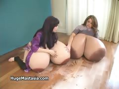 Two horny busty babes go crazy getting part5