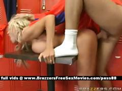 Amateur blonde babe in the locker room gets her wet pussy fucked hard