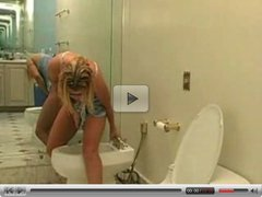 Fun at the Bidet by snahbrandy