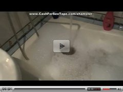 Creampie for young hottie in foamy bath