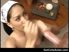 Hunny Bunny her first handjob ever part1