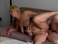 Amateur blonde mature mom loves riding part4