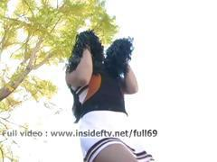 Michelle _ Amateur cheerleader showing us her pussy and dancing