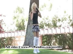 Aexa funny blonde naked outdoor
