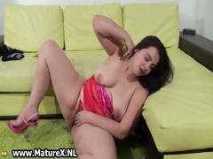Hairy fat mom loves fucking her pussy part5