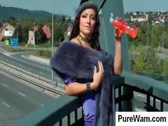 Unbecoming queen bee with an absorbing patona gets playful on a bridge