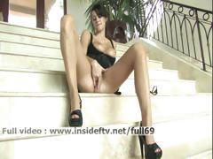 Victoria _ Amateur brunette fisting her pussy on the stairs