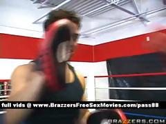 Amateur brunette chick trains in the boxing ring