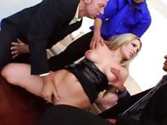 ultra big cock penetrate anals